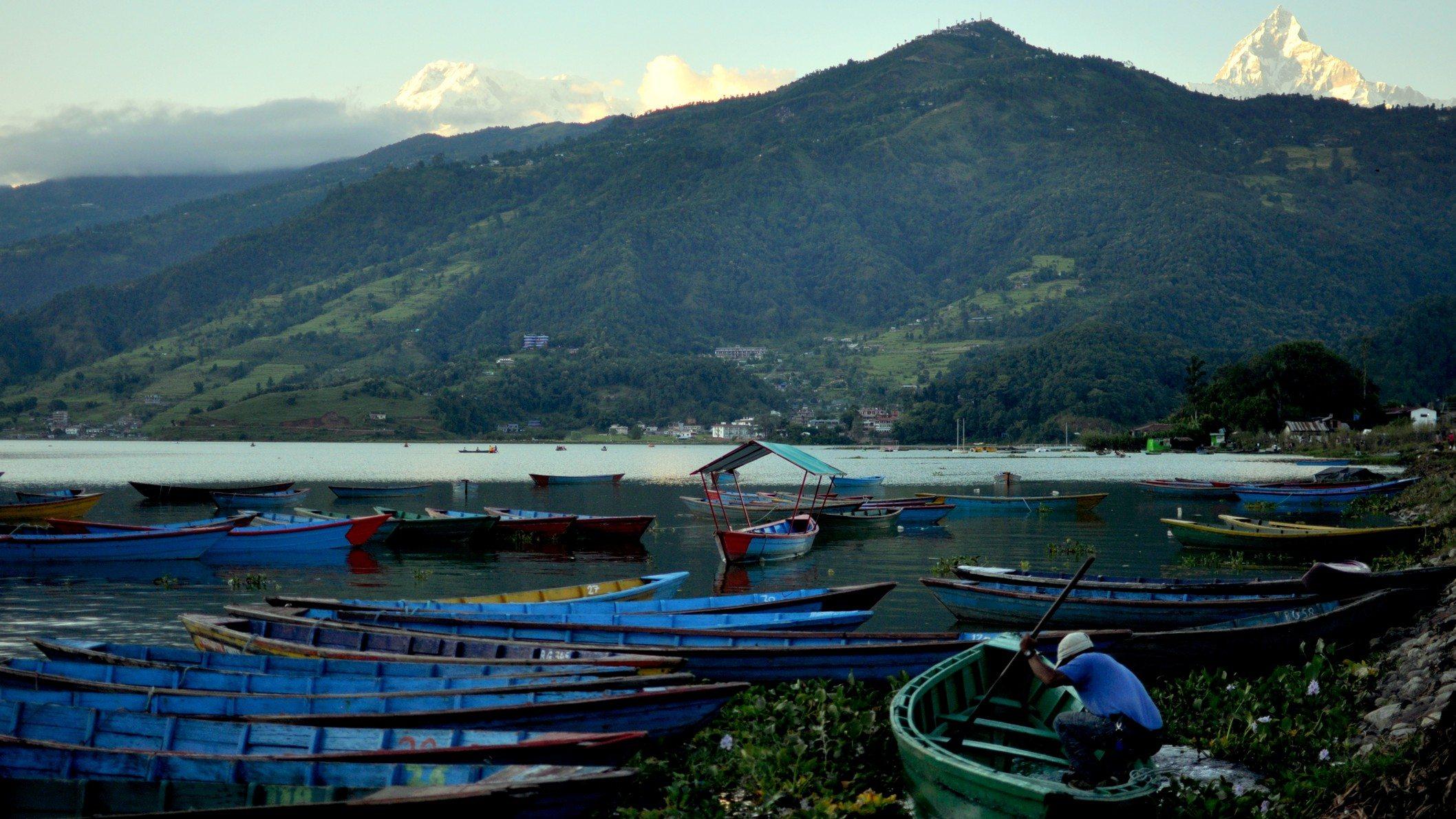 tour des Annapurnas Lac de Pokhara