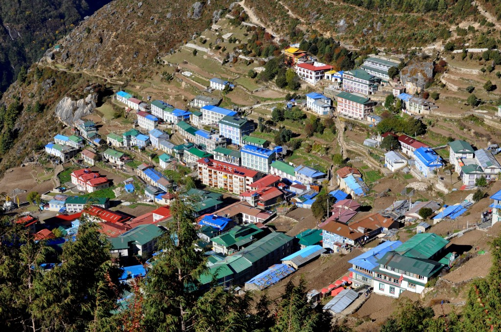Namche Bazaar, capitale sherpa (3440m)