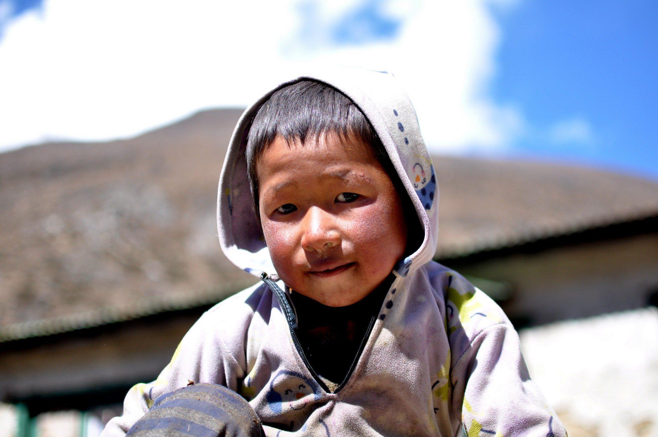 tour des Annapurnas, Petit nenfant tibétain, Somar