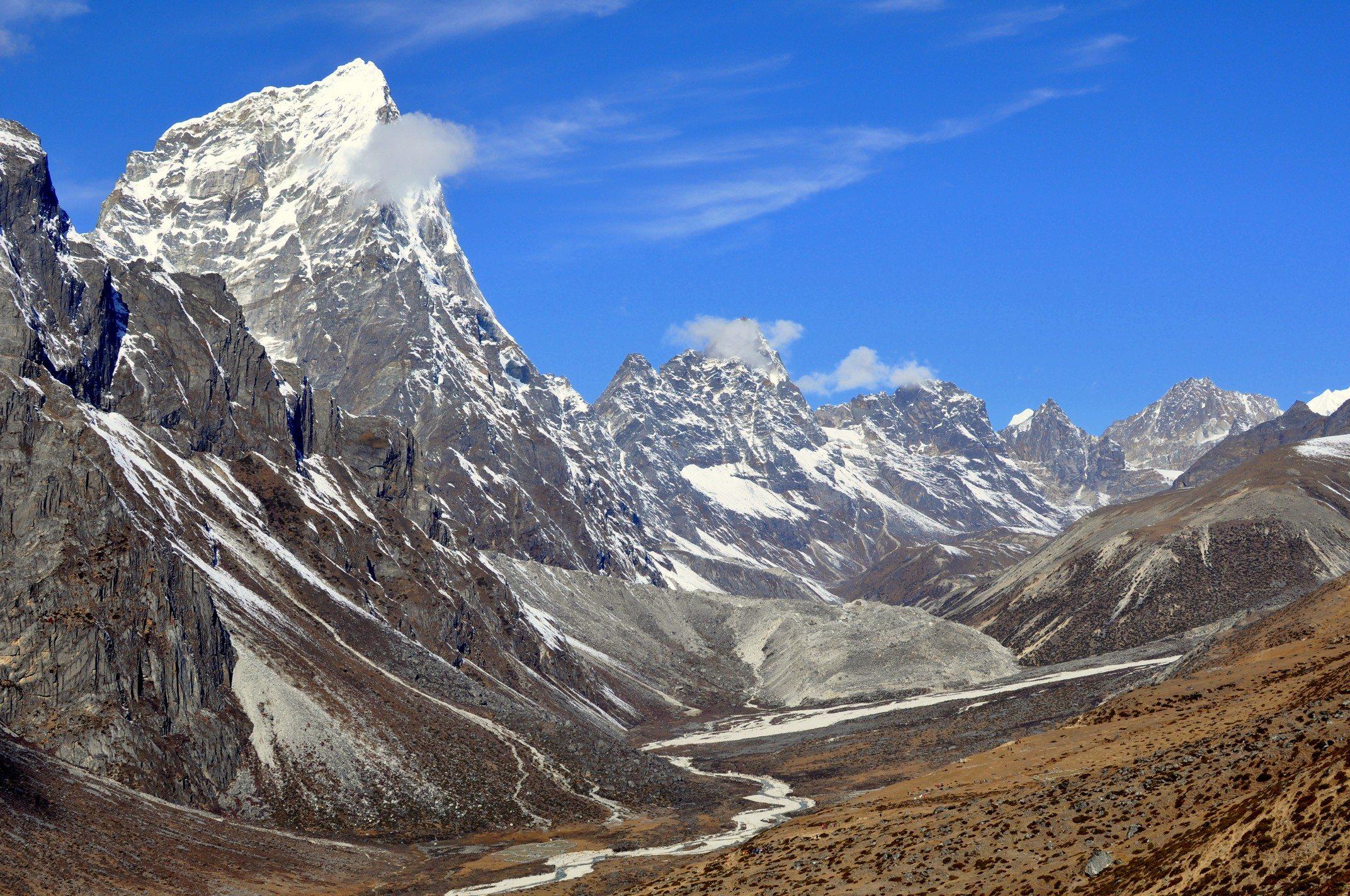 Trek du camp de base de l'Everest Sentier Dingboche - Lobuche, 4500m