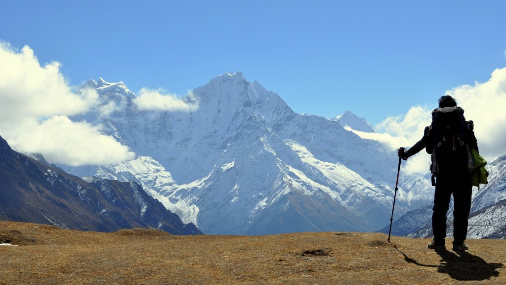 Thamserku (6608m) depuis Luza (4360m)