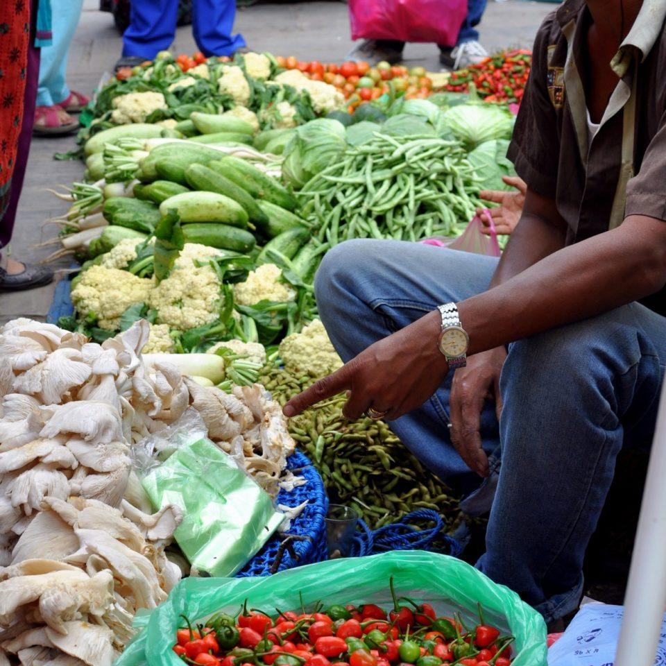 Katmandou, Asan Tole. Marchand de légume