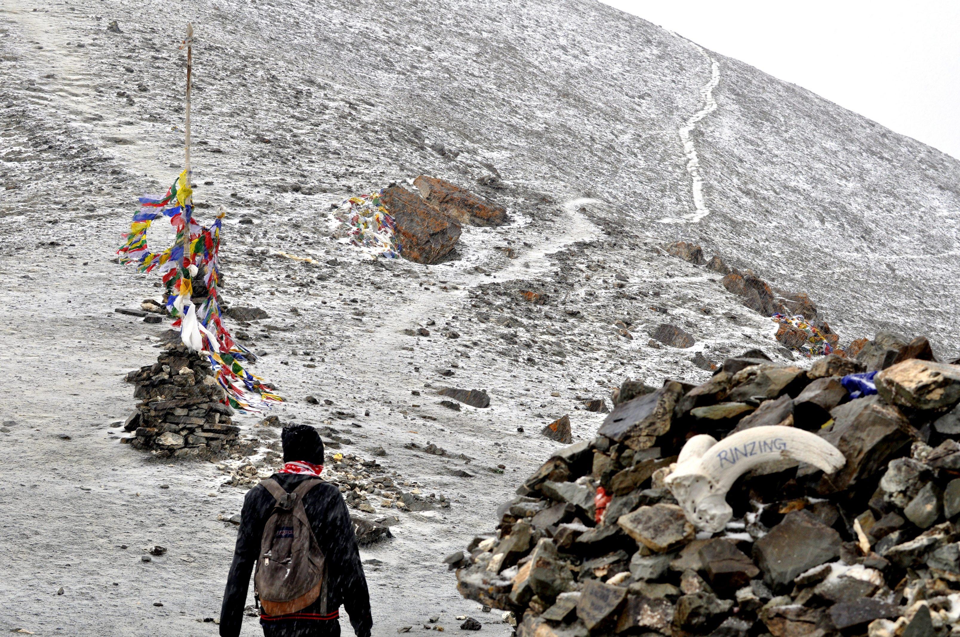 Vers le col de Ganda La (4900m)