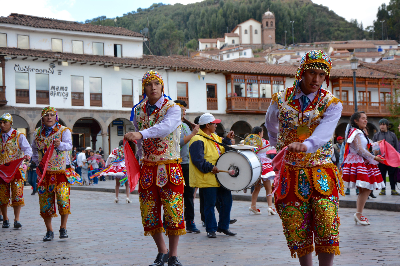 Procession, Plaza de Armas
