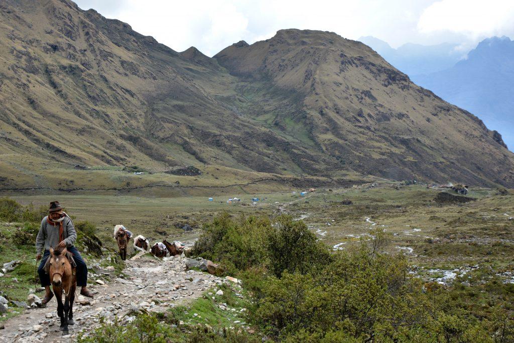 Descente vers Challway, Salkantay trek
