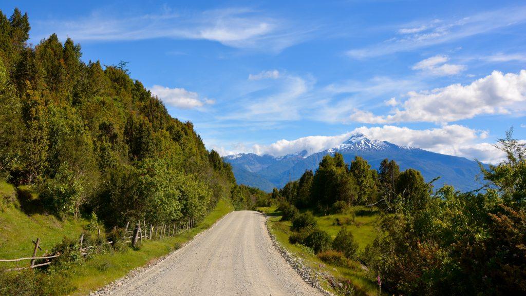 Carretera austral, volcan Yates